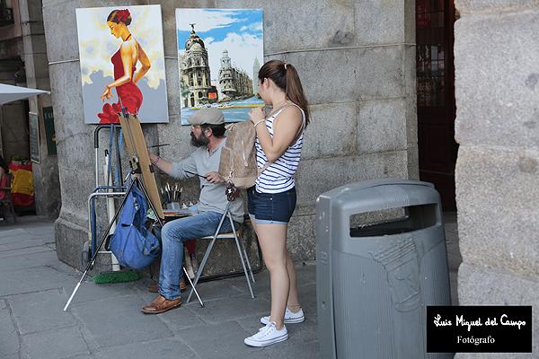 Fotografía de pintor callejero