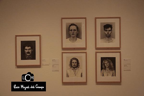 Exposición fotografiada por fotógrafo de eventos en Madrid