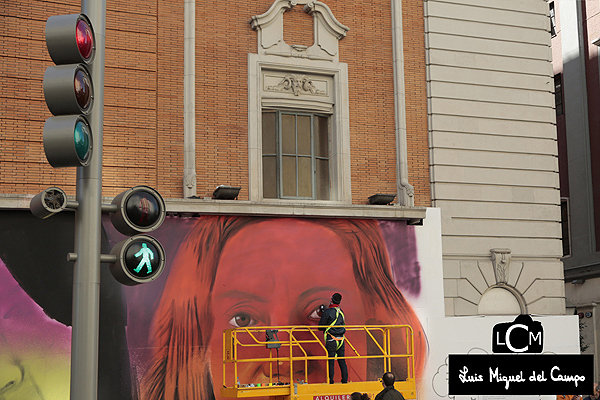 Mural feminista por fotógrafo profesional en Madrid