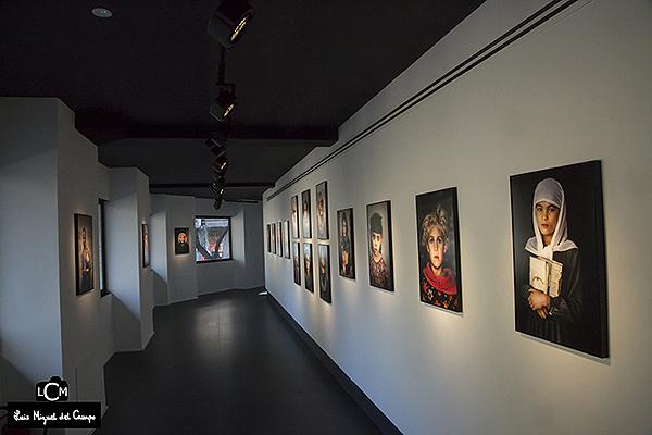Galería con la exposición de Steve McCurry