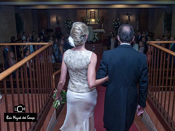 Fotógrafos profesionales de bodas en Madrid