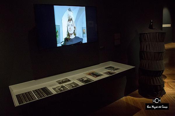 Imagen de la exposición de Ouka Leele